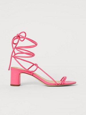 H&M Remsandaletter i läder rosa