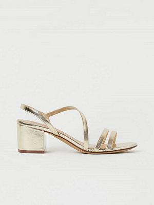 H&M Sandaletter guld