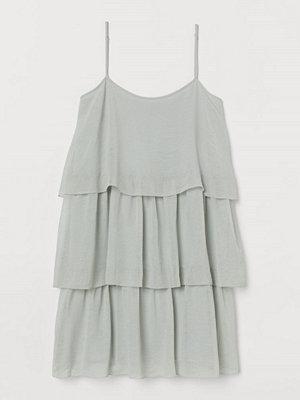 H&M Kort volangklänning grön