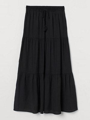 H&M Maxikjol svart
