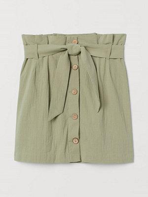 H&M Crêppad paper bag-kjol grön