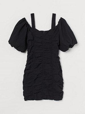 H&M Cold shoulder-klänning svart