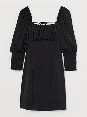 H&M Klänning med snörning svart
