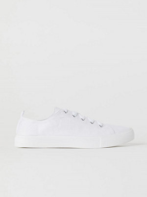 Sneakers & streetskor - H&M Sneakers i canvas vit