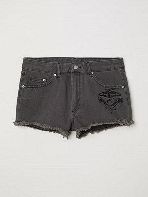 H&M Jeansshorts med broderi svart