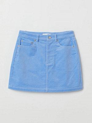 H&M Kort manchesterkjol blå