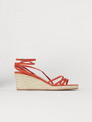 H&M Sandaletter med kilklack orange