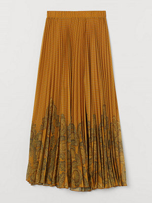 H&M Omlottlagd kjol gul