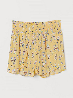 Shorts & kortbyxor - H&M Shorts med smock gul