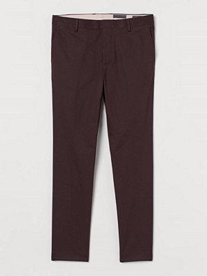 H&M Kostymbyxa Skinny Fit röd