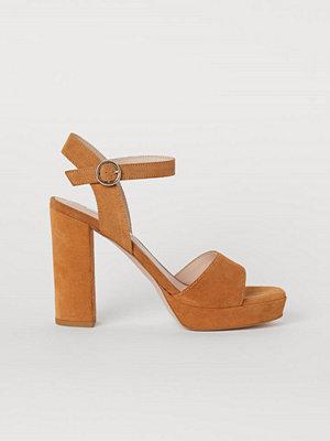 H&M Sandaletter i mocka beige