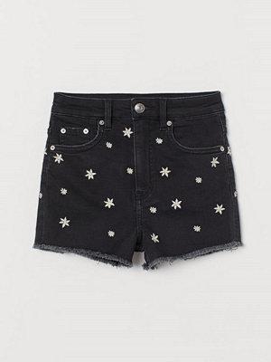 Shorts & kortbyxor - H&M Jeansshorts med broderier svart