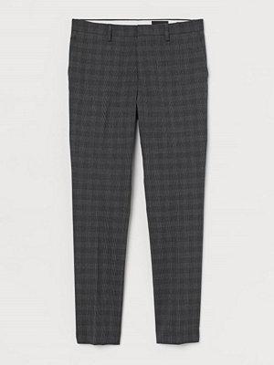 H&M Kostymbyxa Muscle Fit grå
