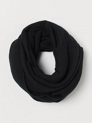 H&M Stickad tubhalsduk svart