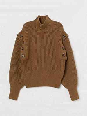 H&M Ribbstickad tröja i ullmix beige