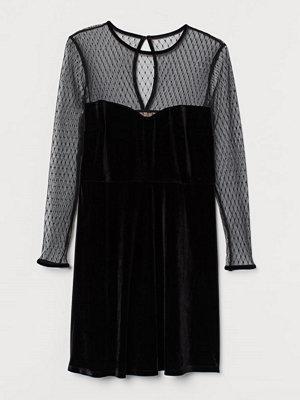 H&M H & M+ Klänning i velour svart