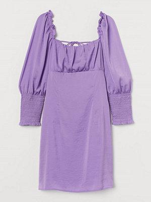 H&M Klänning med snörning lila