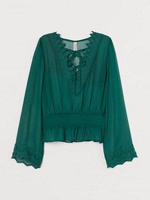 H&M Blus med snörning grön