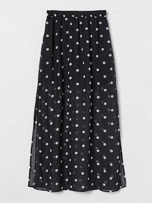 H&M Lång chiffongkjol svart