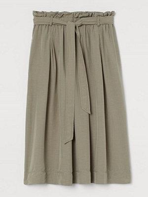 H&M Paper bag-kjol i lyocellmix grön