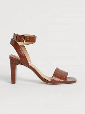 H&M Sandaletter i läder beige