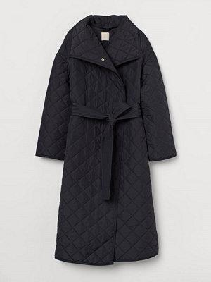 H&M Quiltad kappa svart