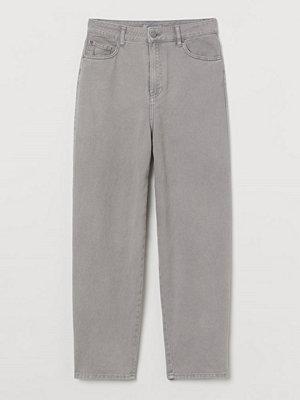 H&M Ankellång twillbyxa grå byxor