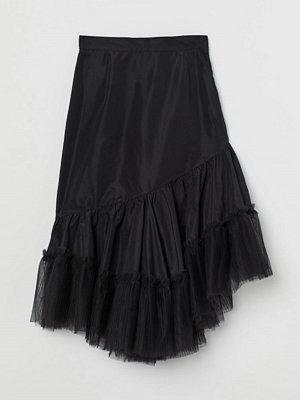 H&M Kjol med tyllvolang svart