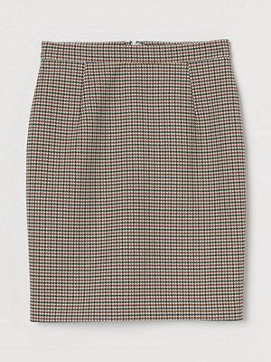 H&M Kort pennkjol beige