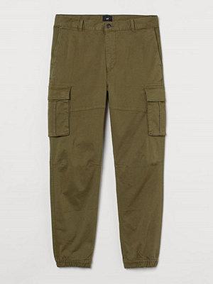 H&M Cargobyxa Slim Fit grön