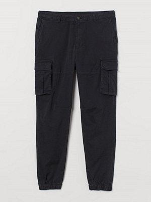 H&M Cargobyxa Slim Fit svart
