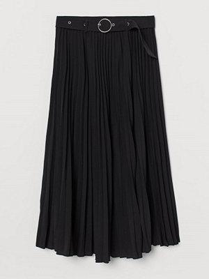 H&M Plisserad kjol svart