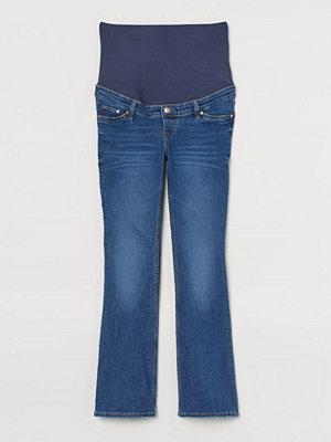 H&M MAMA Bootcut Jeans blå