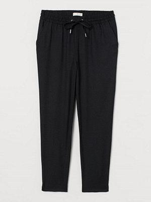 H&M svarta byxor Pull on-byxa svart