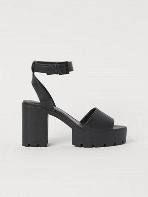 Pumps & klackskor - H&M Platåsandaletter svart