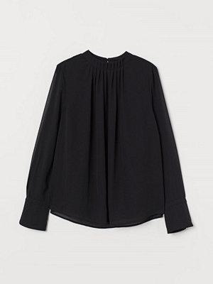 H&M Blus med veck svart