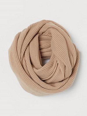 Halsdukar & scarves - H&M Ribbstickad tubhalsduk beige