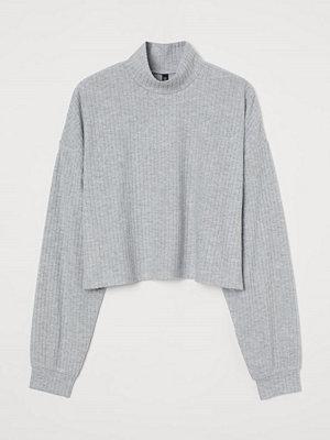 H&M Ribbad tröja med halvpolo grå
