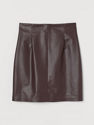 H&M Kjol i läderimitation röd