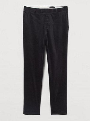 H&M Kostymbyxa i sammet Skinny Fit svart