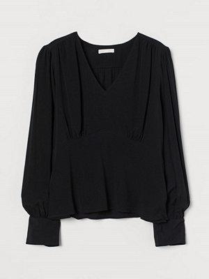H&M Crêppad blus svart