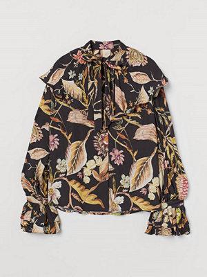 H&M Blus med volangkrage beige
