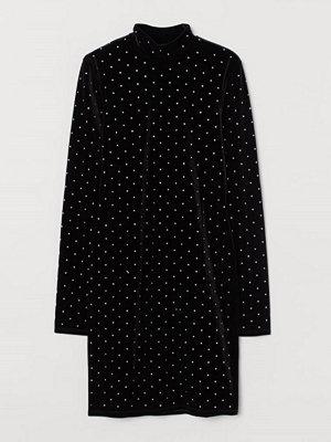 H&M Klänning i velour svart