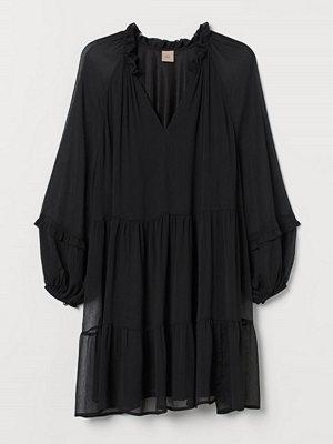 H&M H & M+ Chiffongklänning svart