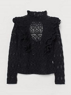H&M Spetsblus med volang svart