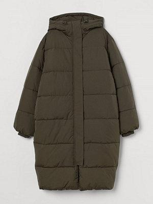H&M Vadderad kappa grön