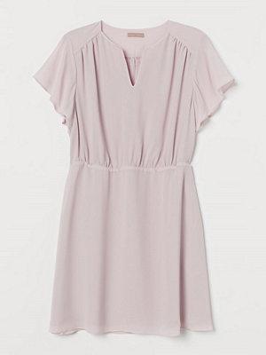 H&M H & M+ Chiffongklänning rosa