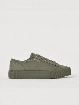 H&M Platåsneakers grön