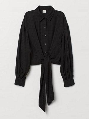 H&M Blus med knytdetalj svart