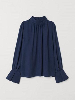 H&M Blus med ståkrage blå